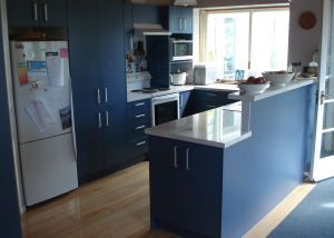 Blue Units, White Benchtop