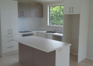 White Doors, Woodgrain doors, White Benchtop, timber floor, L shape with island